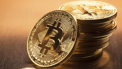 Bitcoin se recupera de baque chinês e volta ao patamar de US$ 4.000