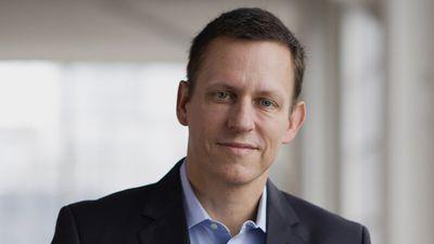 Peter Thiel vende 75% das ações restantes que tinha do Facebook
