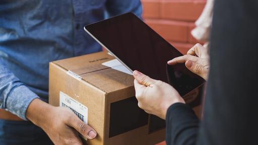 Logbee e Magalu: motoristas podem ter renda extra com entrega de encomendas