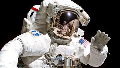 Impactos na saúde dos astronautas podem estar ligados ao traje espacial