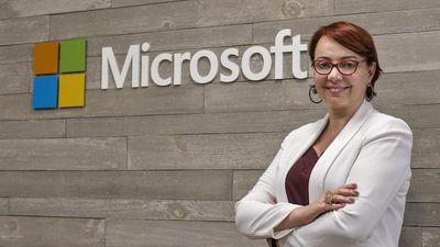 Microsoft define Tânia Cosentino como a nova presidente da empresa no Brasil