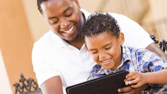 Mais da metade dos pais não supervisiona a atividade online dos filhos