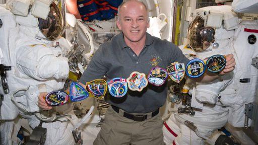 Jeff Williams, astronauta da NASA, bate recorde de tempo no espaço
