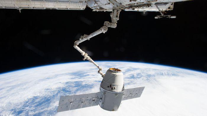 Estação Espacial Internacional confirma chegada de cápsula da SpaceX