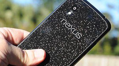 Google revela que Nexus 4 será vendido no Brasil por R$ 1.699