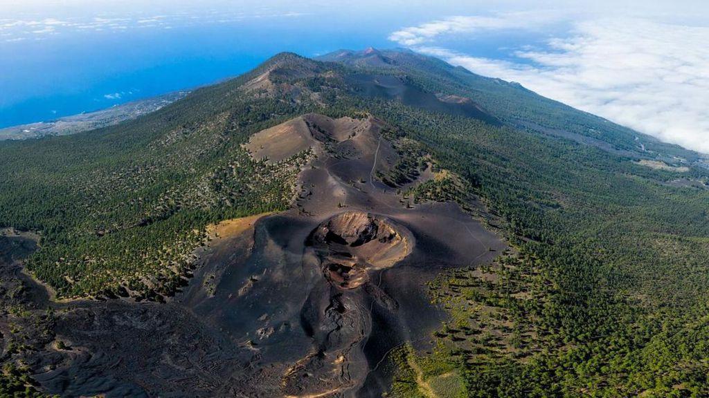 Vulcão Cumbre Vieja (Imagem: Reprodução/Hello Cannary Islands)