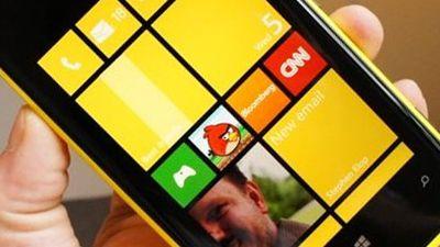 Lumia 920 começa a ser vendido no Brasil ainda neste mês
