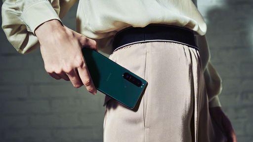 Sony anuncia nova linha Xperia com tela 4K de 120 Hz e lente telefoto variável