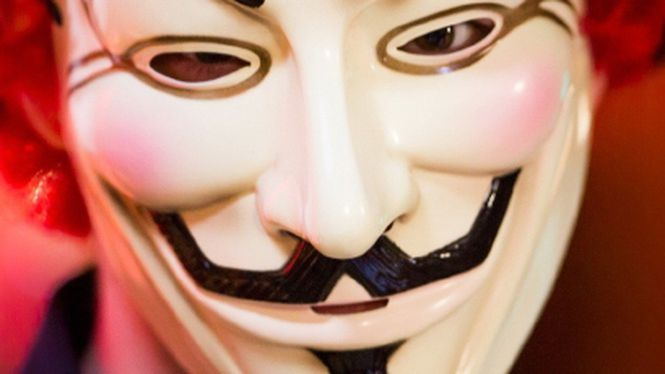"Anonymous promete derrubar sites de extremistas para ""vingar"" Charlie Hebdo"
