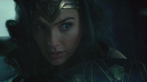 Primeiras cenas de Mulher-Maravilha mostram heroína em combate
