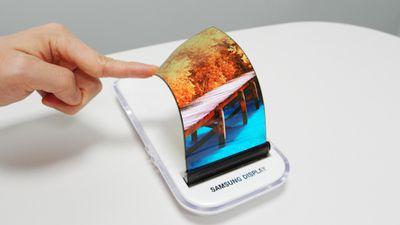 Galaxy X | Smartphone dobrável da Samsung não chegará em 2018, afirma executivo