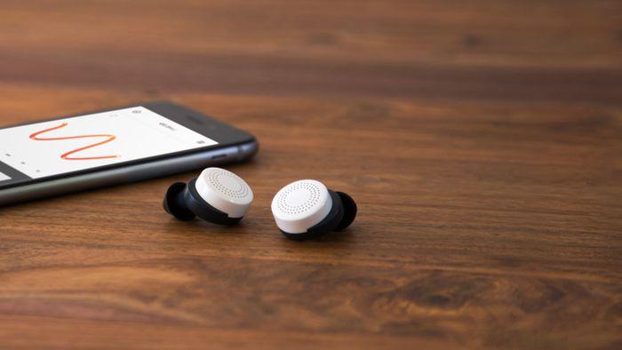 """Criadora de fone que """"otimiza audição"""" dos usuários recebe aporte de US$ 17 mi"""