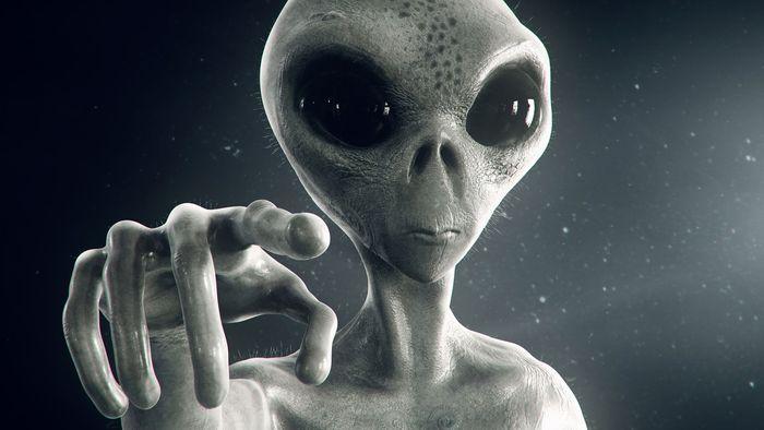 Governo dos EUA não tem alienígenas escondidos, segundo Edward Snowden