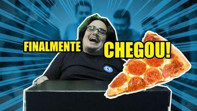 PEDIMOS UMA PIZZA E OLHA NO QUE DEU!