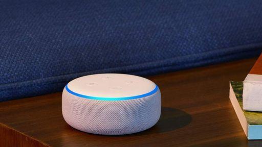 MUITO BARATO | Echo Dot de 3ª geração está com um EXCELENTE preço na Amazon