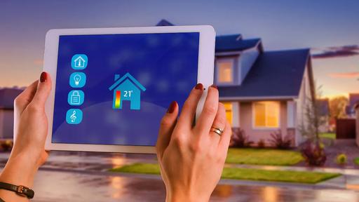 Intelbras lança fechaduras, lâmpadas e interruptores para casas inteligentes