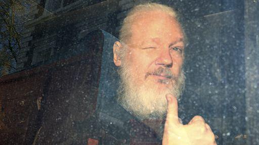 Após prisão de Assange, WikiLeaks libera todos documentos sigilosos que possui