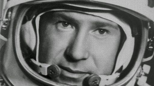 """Alexei Leonov, o primeiro homem a """"caminhar"""" no espaço, morre aos 85 anos"""