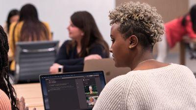 Apple abre projeto para orientar empresas criadas e comandadas por mulheres