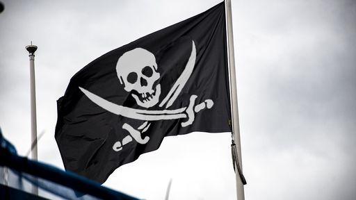 Anatel e Receita Federal apreendem mais de 20 mil TV Boxes piratas em Santos