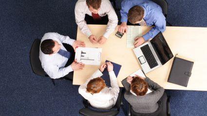 Sete maneiras de não perder tempo nas reuniões de empresa