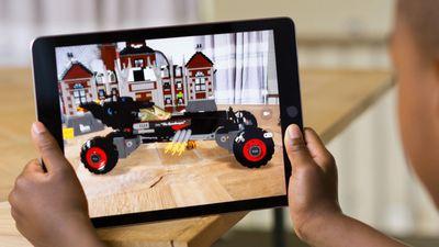 Óculos de realidade aumentada da Apple só serão lançados a partir de 2019