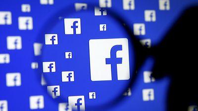 """Facebook tira do ar rede de páginas que promovia """"desinformação"""""""