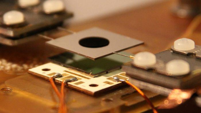 Cientistas conseguem dobrar a eficiência de células solares
