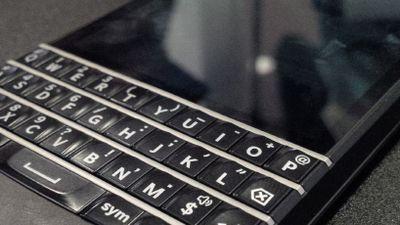Pré-venda do BlackBerry Q10 inicia esta semana em operadora dos EUA