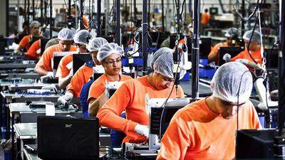 Medida Provisória 774 pode causar a demissão de 83 mil pessoas no setor de TI