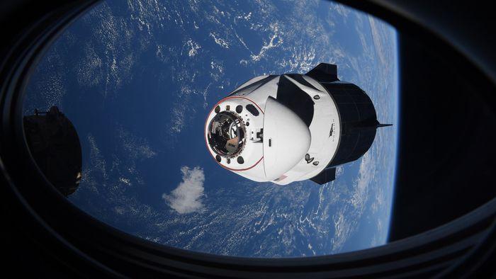 Se cuida, Boeing! NASA quer outras empresas privadas lançando astronautas à ISS