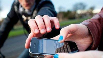 São Paulo quer criar um cadastro prévio para diminuir roubos de celulares
