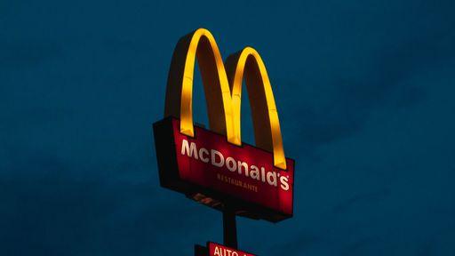 McDonald's substitui atendentes humanos do drive-thru por bots em loja nos EUA