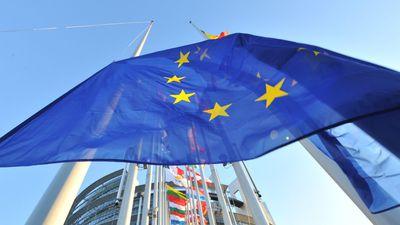 """Europa aprova o polêmico """"Artigo 13"""" e pode revolucionar a internet"""