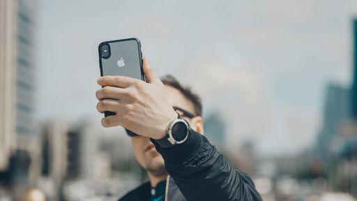 Como tirar o efeito de câmera espelhada do iPhone