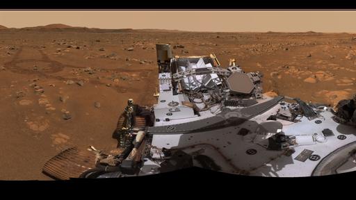 Rover Perseverance faz panorama em 360º do local de voo do helicóptero Ingenuity