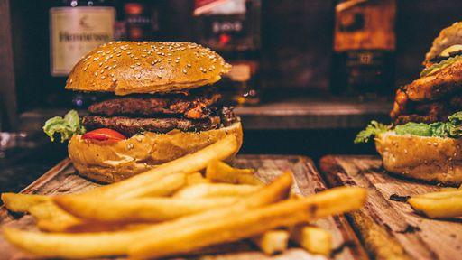 Ganho de peso tem relação com tipo de alimento, e não com quantidade, diz estudo