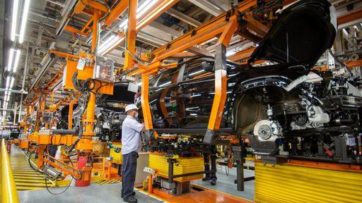 Crise dos semicondutores dará prejuízo de R$ 1 trilhão às montadoras de carros