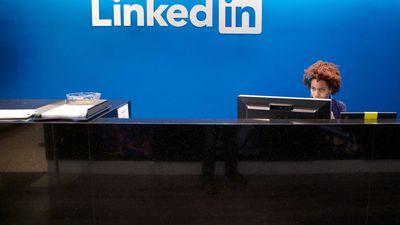 LinkedIn lança programa que transforma universitários em embaixadores da rede