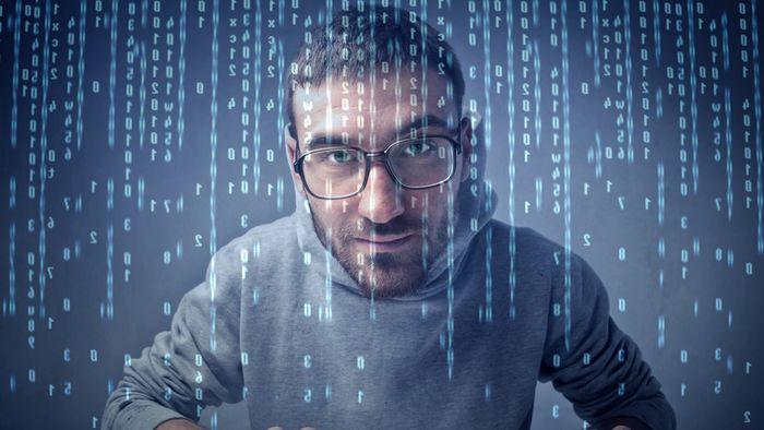 Desenvolvedor full-stack pode ganhar até R$ 14 mil/mês