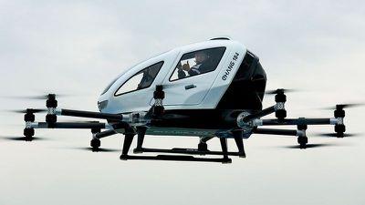 Empresa chinesa apresenta drone capaz de levar passageiros de forma autônoma