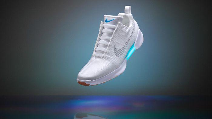 37e10caf25 Nike lança tênis com cadarços adaptáveis que lembram  De Volta para o Futuro  II  - Produtos