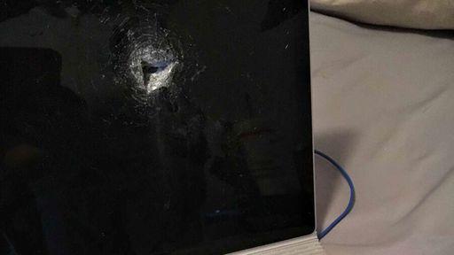 Coisa de filme: Microsoft Surface é atingido por bala perdida e salva usuário