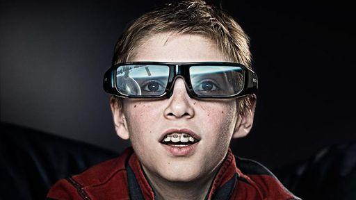 Sony lança óculos com legendas para pessoas com problemas de audição