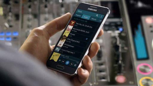 Novos aparelhos Galaxy A3 e A5 da Samsung aparecem em fotos vazadas