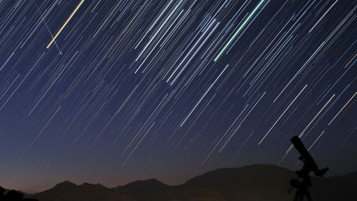Chuva de meteoros vai iluminar o céu do Brasil na noite desta quinta (11)
