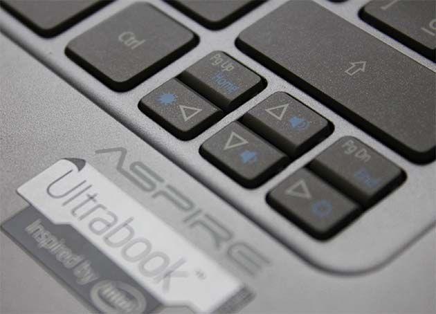 Ultrabook Acer S3 04