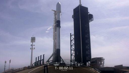 SpaceX lança mais um lote de satélites Starlink e recupera estágio com sucesso