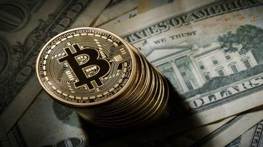 Bitcoin despenca 30% após tuíte de Elon Musk e novas restrições da China