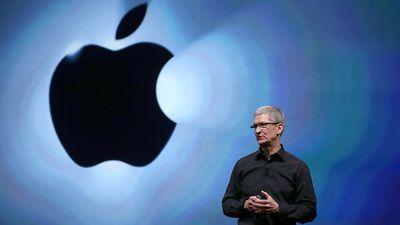 Apple vê ações em queda após Tim Cook dizer que vendas de iPhone estão em baixa